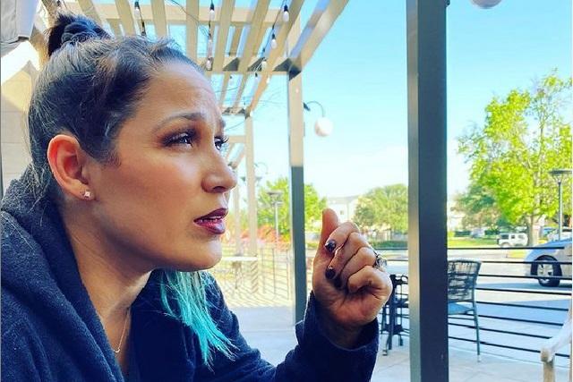 ¿Quién es Jennifer Peña, quien cantará Himno Nacional en pelea del Canelo?