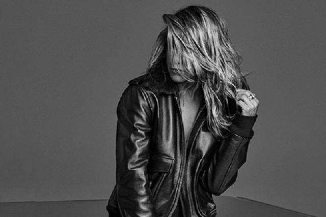 Jennifer Aniston celebra su cumpleaños 51 con sensuales fotografías