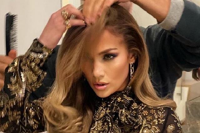 Jennifer Lopez sorprende con cambio de look más natural