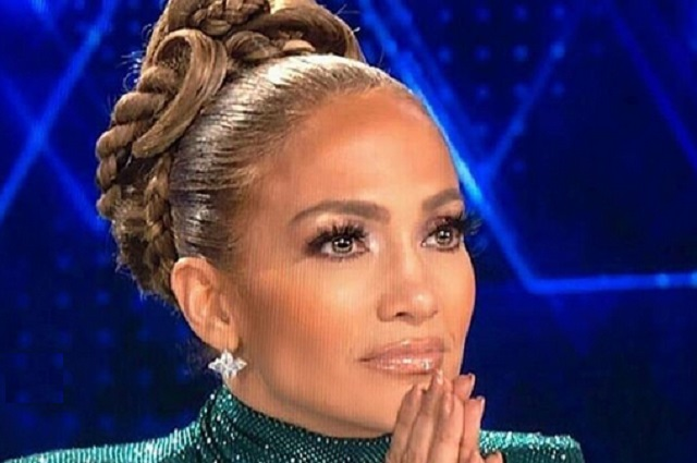 Exhiben en video a Jennifer Lopez ignorando a Tv Azteca