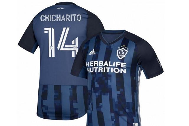 ¡Por las nubes! Este costará el jersey del Galaxy con nombre del Chicharito