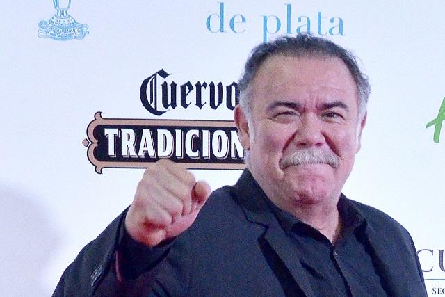 Jesús Ochoa pide a reportero que haga bien su trabajo