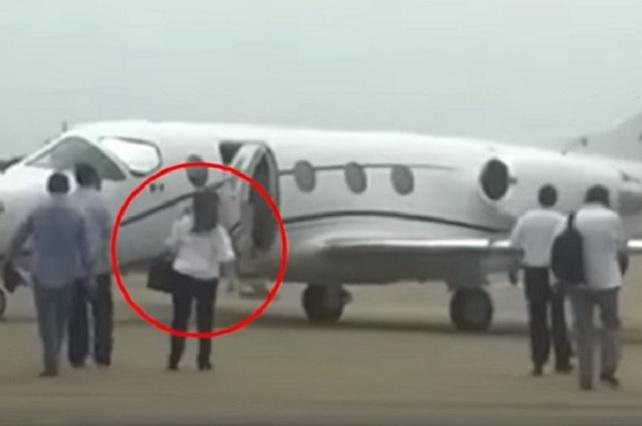 Viajé en jet privado porque me amenazaron de muerte, dice Yeidckol