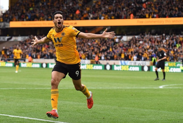 Raúl Jiménez fue el héroe del Wolverhampton