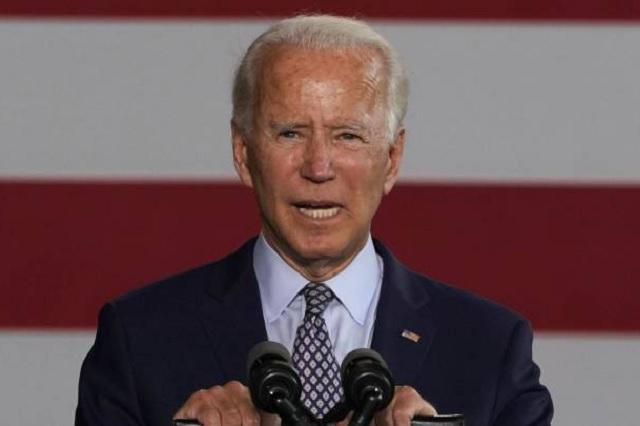 Promete Biden legalizar a 11 millones de inmigrantes si gana elecciones
