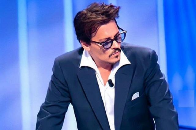 Johnny Depp niega acusaciones de abuso contra su ex esposa Amber Heard