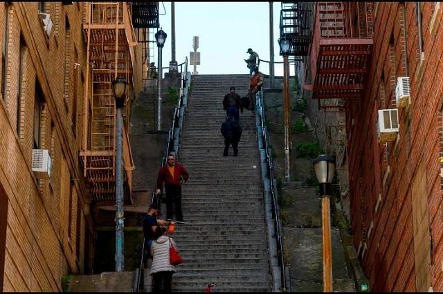 Escaleras donde bailó el Joker atraen a turistas de todo el mundo