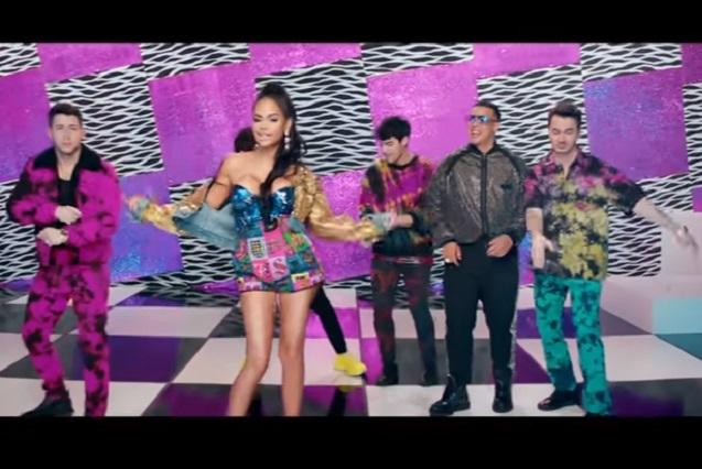 Jonas Brothers, Daddy Yanke, Sebastian Yatra y Natti Natasha juntos