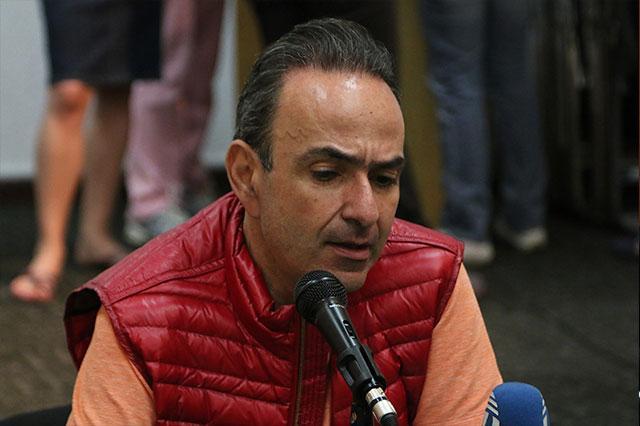 Fernando Morales busca retrasar el proceso de su expulsión: Estefan