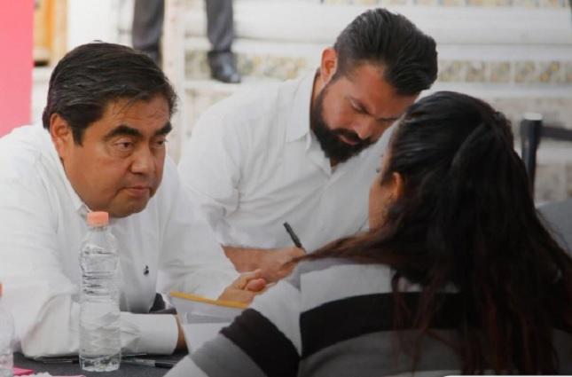 """Ex pareja """"influyente"""" amenaza a mujer quien pide apoyo a Barbosa"""