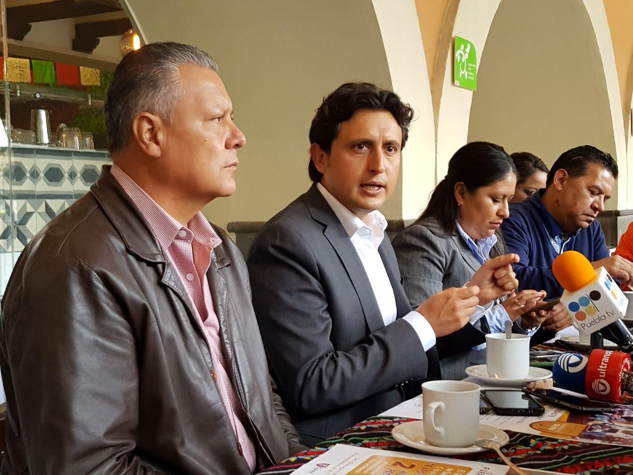 Anuncia edil de San Pedro Cholula becas para rechazados de la BUAP