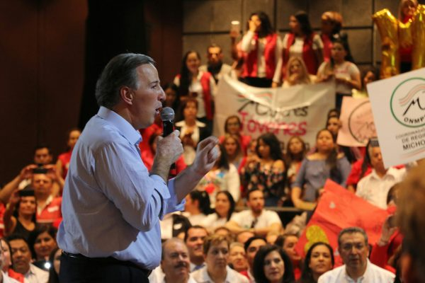 Meade pide no votar por candidatos como Napito y Nestora