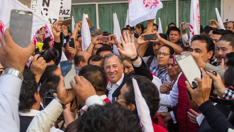 Meade pide a sus seguidores encomendarse a San José para ganar la presidencia