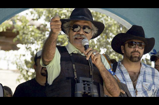 José Manuel Mireles califica de circo los foros de pacificación