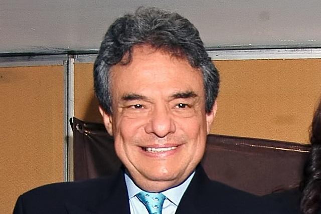 Cuerpo de José José llegará a México la próxima semana