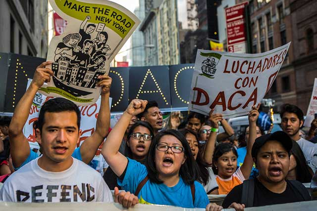 La administración de Trump anuncia que eliminó el programa DACA