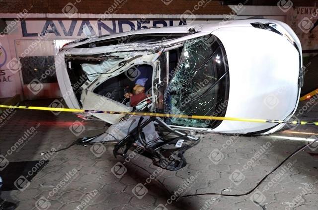 Joven muere tras aparatoso choque en la Puebla-Tehuacán