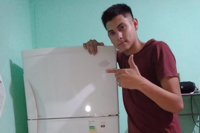 Joven que se hizo viral por comprar refrigerador ya tiene estufa