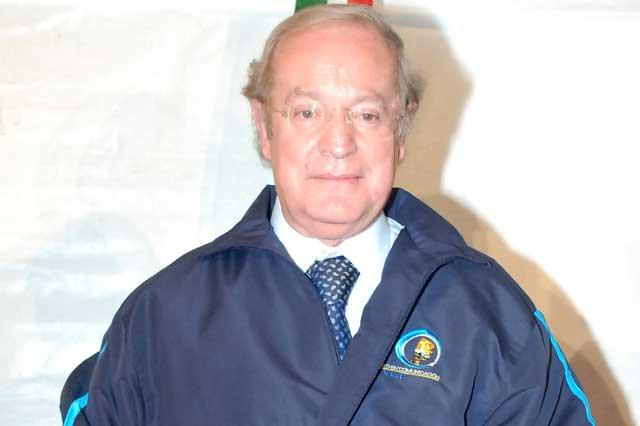 José Ramón Fernández es criticado por decir que árbitro tiene Sindrome de Down