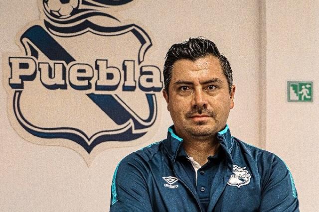 Juan Carlos Cacho llega a la dirección técnica del Club Puebla Femenil