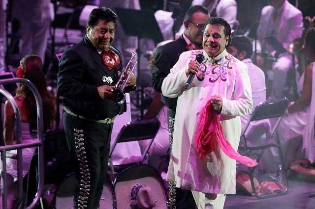 Iván Aguilera reconoce como hijo de Juan Gabriel a Luis Alberto