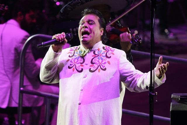 Bruja Zulema afirma que Juan Gabriel está vivo en algún lugar de México