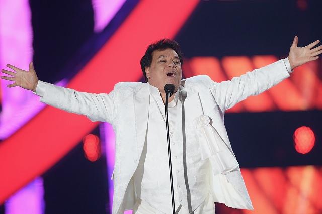 """Habrá dos discos más de """"Los Dúo"""" de Juan Gabriel"""