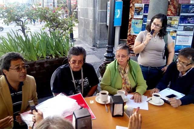 Jubilados de BUAP denuncian manejo irregular de Fideicomiso de Pensiones