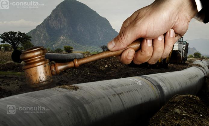 Deben adecuar gasoducto en las faldas del volcán: juez