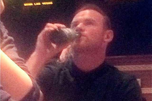 Arrestan al futbolista británico Wayne Rooney por conducir ebrio
