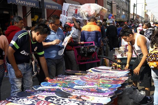 Atrapa informalidad al 72% de los trabajadores en Puebla
