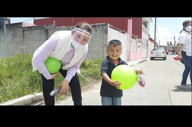 Entregan juguetes el día del niño en Teziutlán