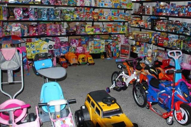 Invitan a los Reyes Magos a comprar juguetes en línea en Puebla