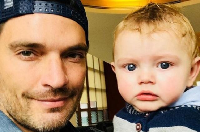Julián Gil planea fiesta para celebrar el primer cumpleaños de su hijo Matías
