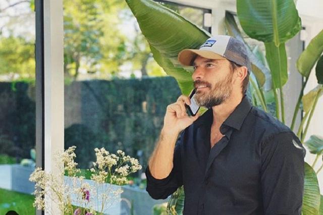 Ana Brenda le pide a Julián Gil que sea padre de su hijo sino encuentra pareja