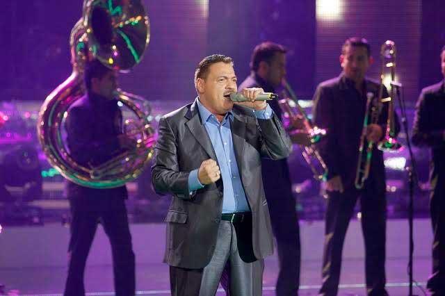 Julio Preciado obligado a suspender concierto por trombosis