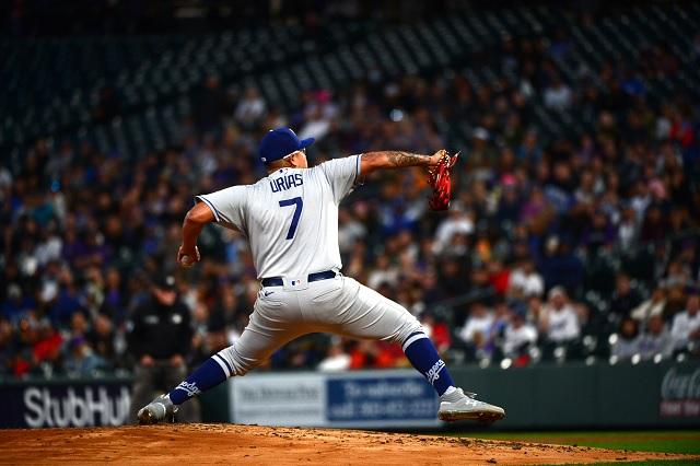 Julio Urías deja escapar la victoria 19 con Dodgers