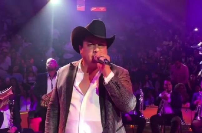 Julión Álvarez se prepara para lanzar disco este año