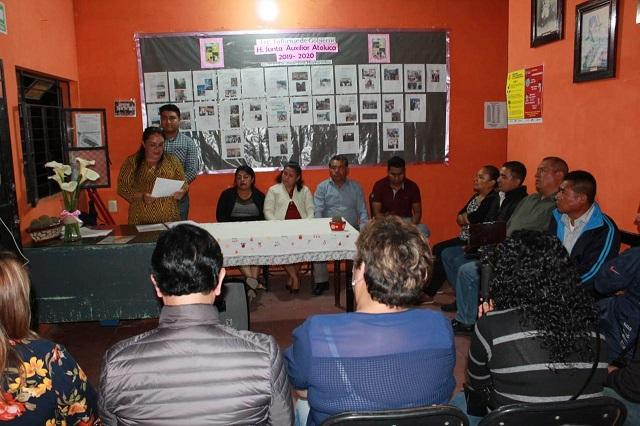 Ediles auxiliares de Teziutlán dan informe a puerta cerrada por Covid-19