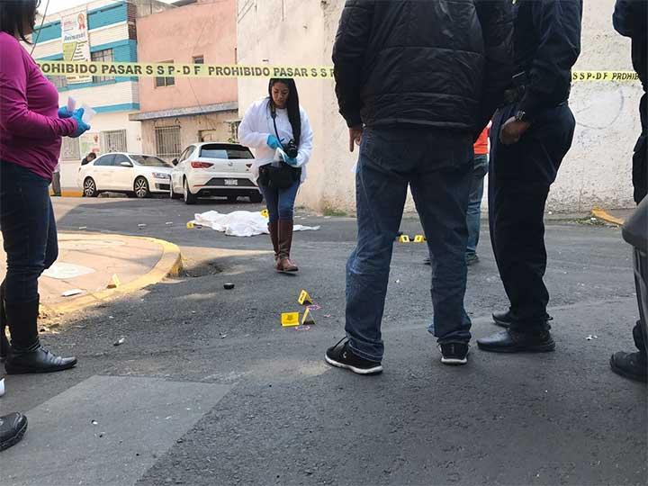 Justiciero mata de 5 tiros a un ladrón que estaba asaltando a 2 mujeres