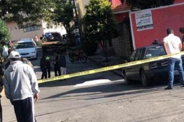 De cuatro tiros, justiciero mata a un ladrón en Naucalpan