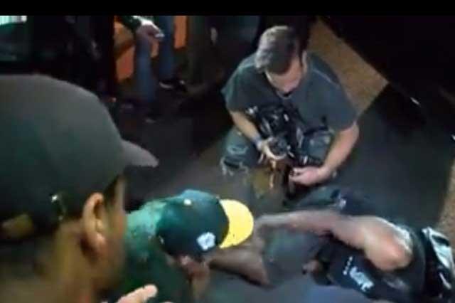 Justin Bieber atropella a paparazzi y se baja de su camioneta para orar por él