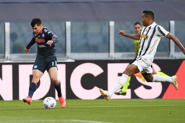 Napoli cae 2-1 ante Juventus con Hirving Lozano como titular