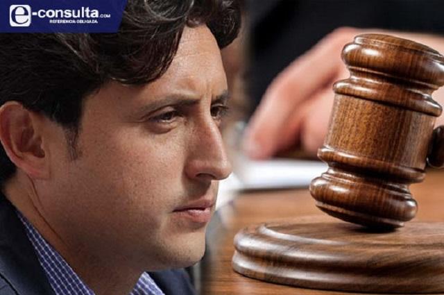 Niegan suspensión a José Juan Espinosa contra orden de aprehensión
