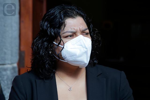 Multan a Morena y PT por no reportar evento de Karina Pérez