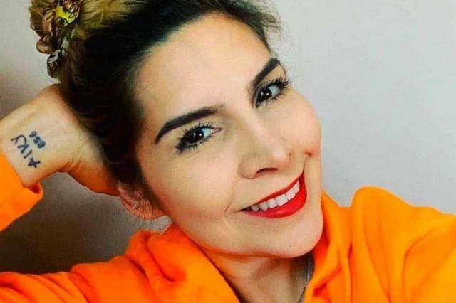 ¿Karla Panini exhibe antecedentes penales de los padres de Karla Luna?