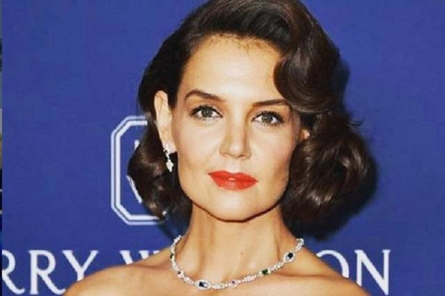 Hija de Jamie Foxx confirma romance del actor con Katie Holmes