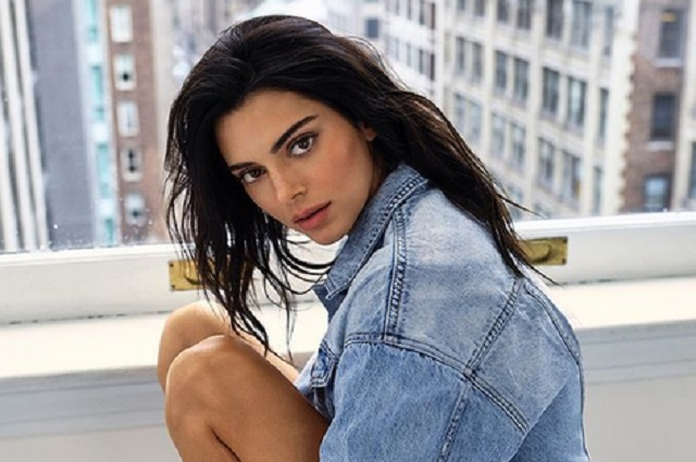 ¿Kendall Jenner e hija menor de Eugenio Derbez son idénticas?