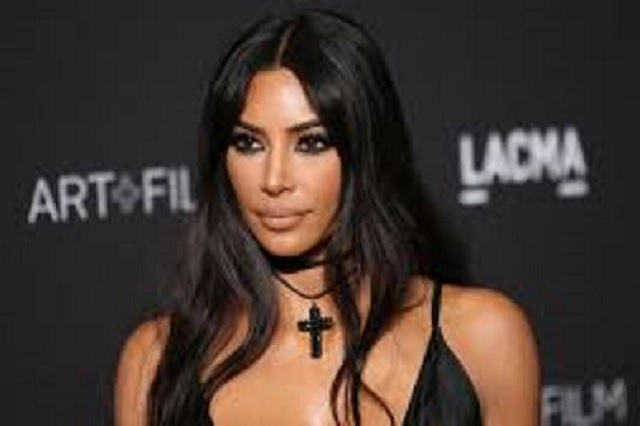 Kim Kardashian es blanco de burlas por discurso en los Emmys