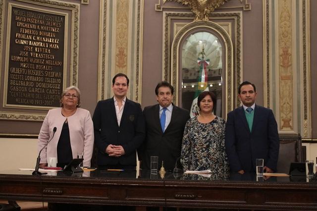 Kuri pide voto de confianza para titular de CDH-Puebla